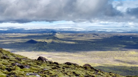 The award-winning photo shows the northeastern part of the Laki fissure, which covers a total length of 27 km. The photo was taken from Mount Laki; in the background you can see Vatnajökull, Europe's largest glacier outside the Arctic.