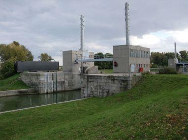The Nussdorfer lock in Vienna.