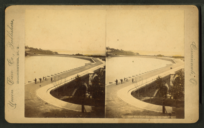 Eden_park_reservoir,_Cincinnati,_O,_by_Union_View_Co.